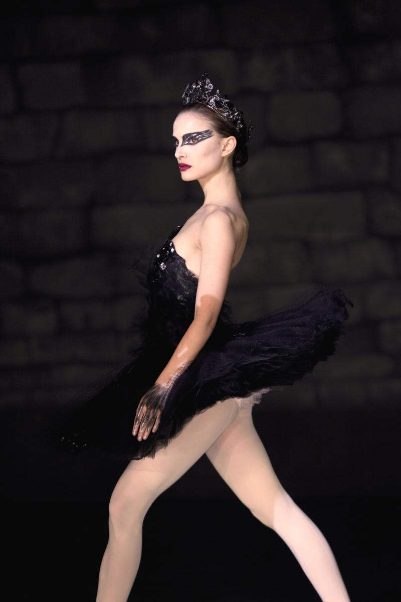 NYC Fashionista Nell to Interview Black Swan Costume Designer = A BIG DEAL!