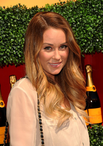 Belgium, Lisa H: Lauren Conrad's Signature Style + Tips to Get her Flawless Look. (20+ Looks!)