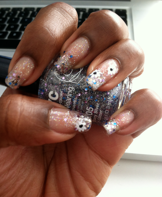 thefashionbrewery.com nail design fairy flower dust